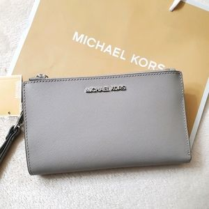 Michael Kors wallet in pink&Grey